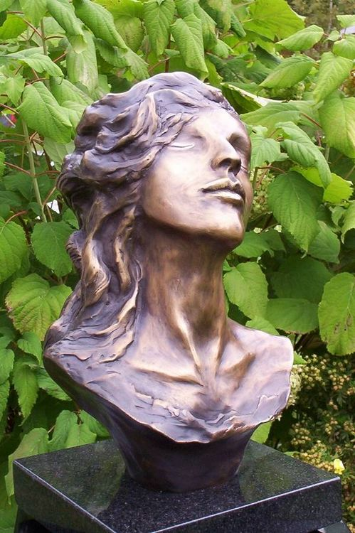 Florence by Marcelin Fortin - search and link Sculpture with SculptSite.com