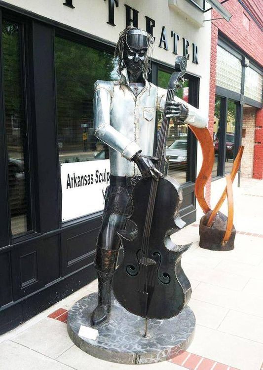 Bigger Bass by Hunter Brown - search and link Sculpture with SculptSite.com