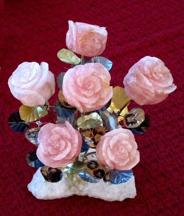 Half Dozen Rose Quartz Stone Roses by John Foster - search and link Sculpture with SculptSite.com