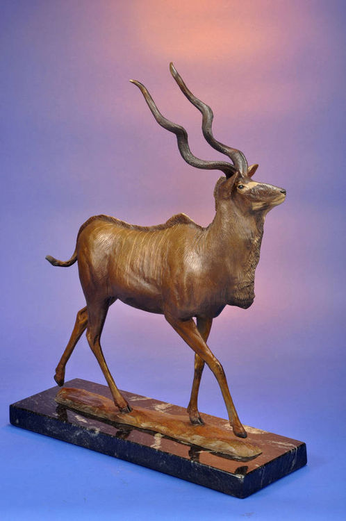 Stepping Out by James Marsico - search and link Sculpture with SculptSite.com
