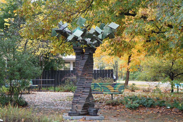 TREE OF KNOWLEDGE by Jon Barlow Hudson - search and link Sculpture with SculptSite.com