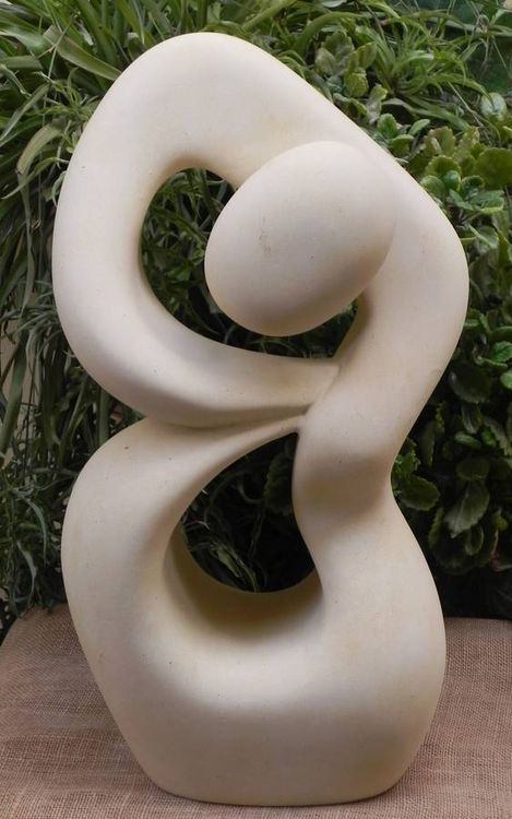 Defiance by Joe Xuereb - search and link Sculpture with SculptSite.com