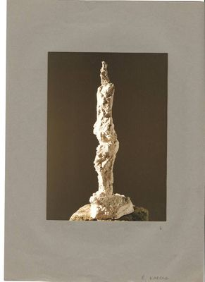 Joy in Contrapost by Eva Karcag - search and link Sculpture with SculptSite.com