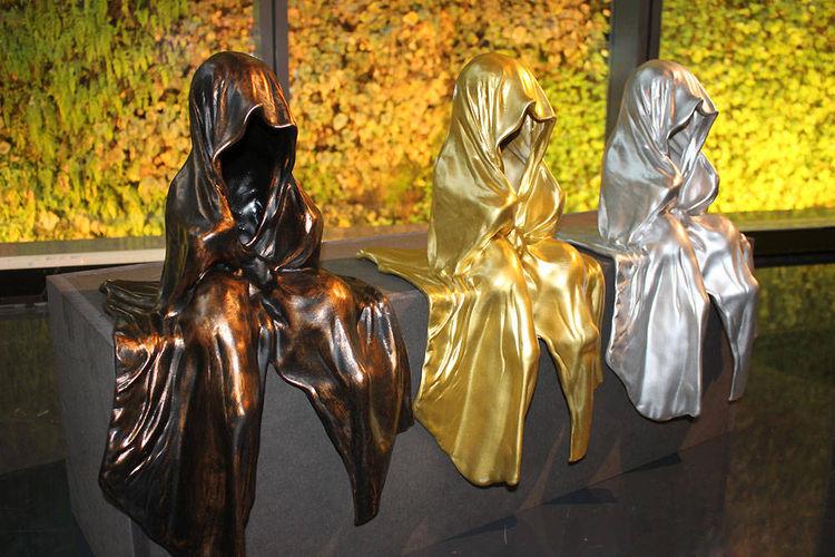by Manfred Kielnhofer - search and link Sculpture with SculptSite.com