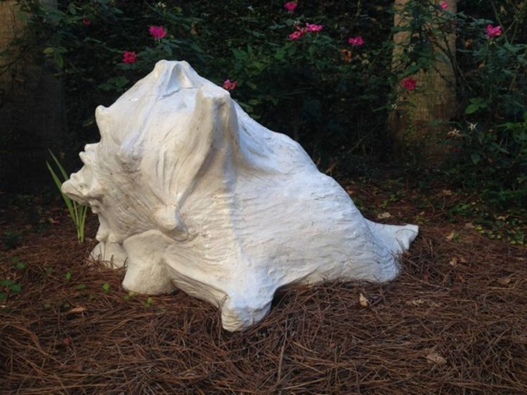 Conch Shell by Carol Fleming - search and link Sculpture with SculptSite.com