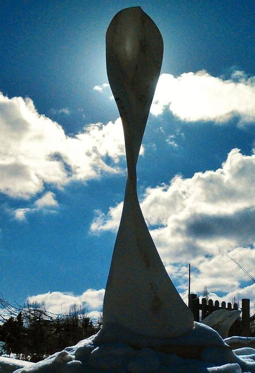 Maypole by Martin Cooney - search and link Sculpture with SculptSite.com