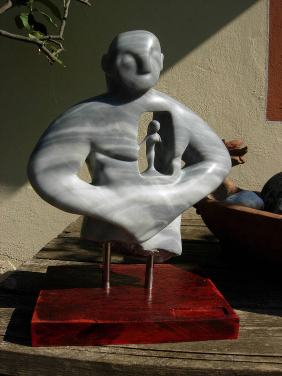 Into the heart by Demon Roi - search and link Sculpture with SculptSite.com
