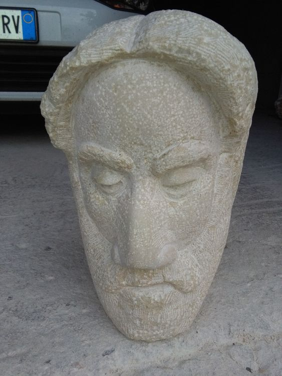 TROUGHTS by Nazareno Spinelli - search and link Sculpture with SculptSite.com
