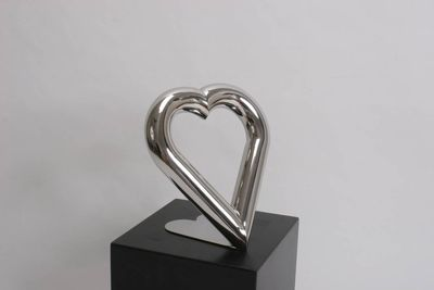 Love by Chris ORourke - search and link Sculpture with SculptSite.com