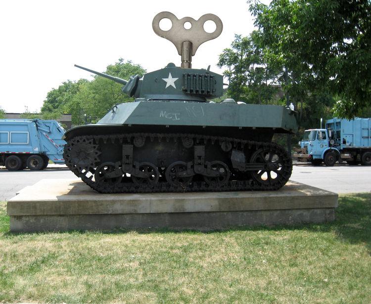 Windup Toys: M3A3 Stuart Light Tank by Plamen Yordanov - search and link Sculpture with SculptSite.com