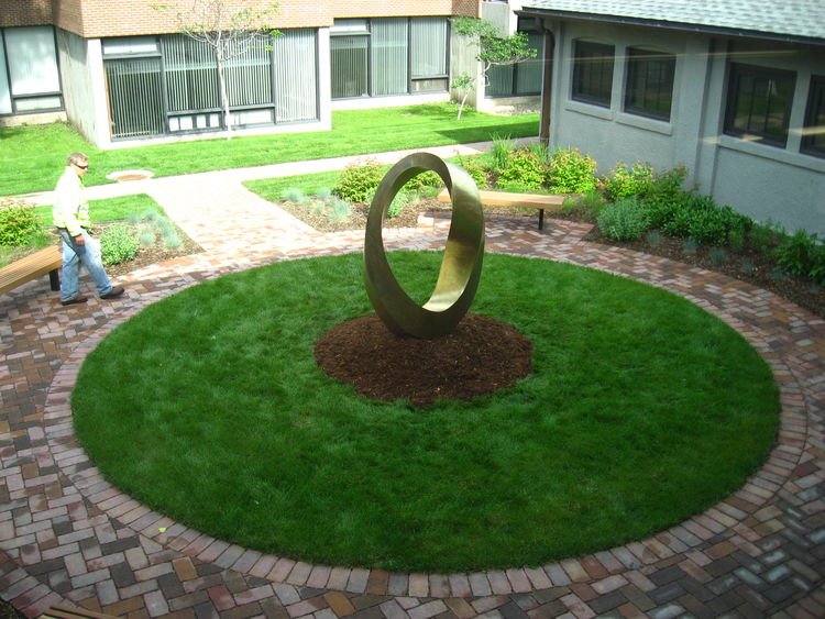 INFINITY (Double Mobius Strip) - University of Minnesota Morris, 2014 by Plamen Yordanov - search and link Sculpture with SculptSite.com