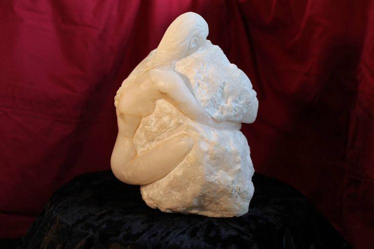 one by Stef van den Heuvel - search and link Sculpture with SculptSite.com