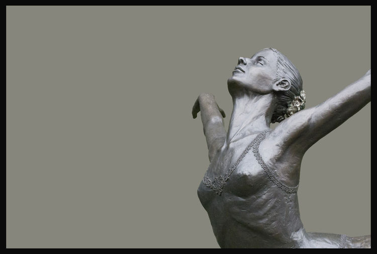 Attitude-Croisse-of-Richard-Polich by Sterett-Gittings Kelsey - search and link Sculpture with SculptSite.com