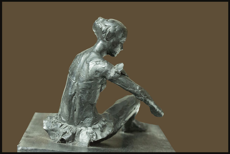 Margot-Fonteyn's-Betsy-Pidgeon-of-Rosemary-Hall by Sterett-Gittings Kelsey - search and link Sculpture with SculptSite.com