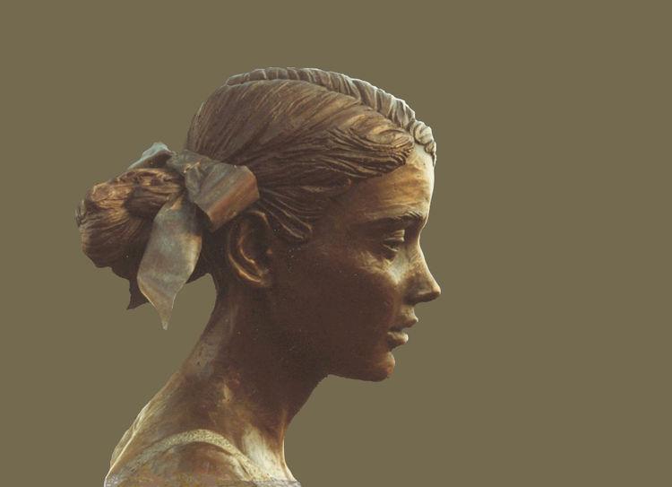 Vanessa-Helena-Katharina-Landegger by Sterett-Gittings Kelsey - search and link Sculpture with SculptSite.com