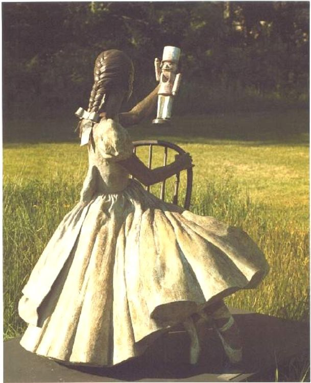 Clara and Her Beloved Nutcracker by Sterett-Gittings Kelsey - search and link Sculpture with SculptSite.com