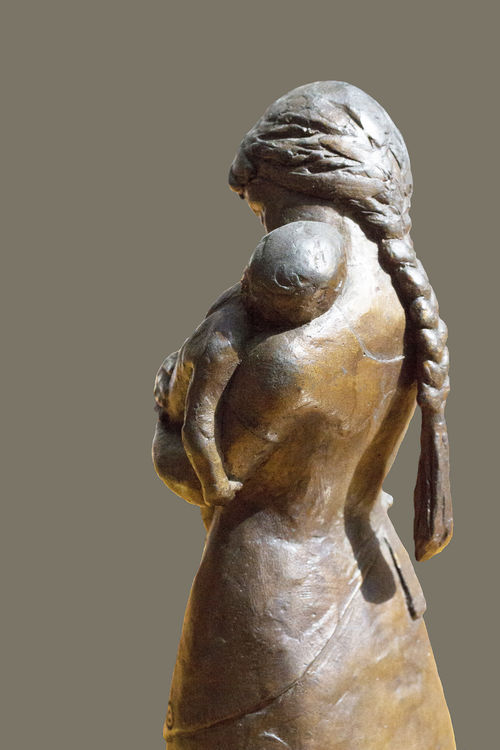 Pamela-Tyson-Morse-of-Beverly-Farms by Sterett-Gittings Kelsey - search and link Sculpture with SculptSite.com