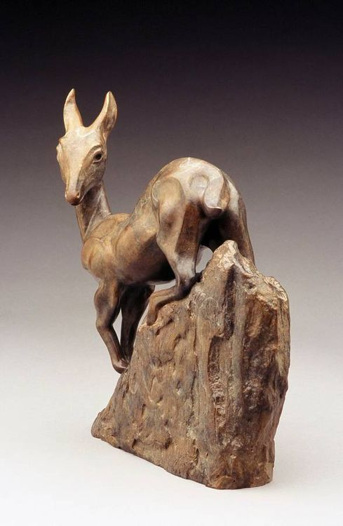 Fawn by Georgene McGonagle - search and link Sculpture with SculptSite.com