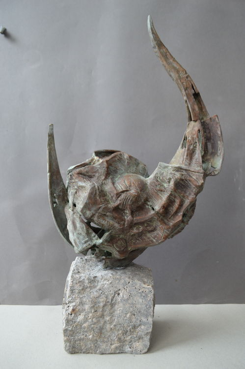 Infinity by Ventsislav Markov - search and link Sculpture with SculptSite.com
