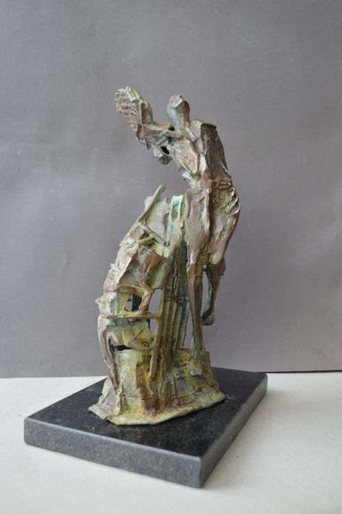 Icarus by Ventsislav Markov - search and link Sculpture with SculptSite.com