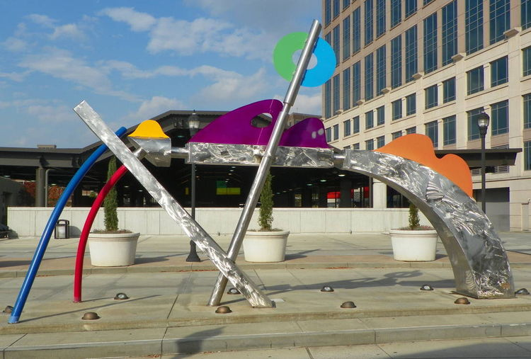 Spirit of Travel by Wayne Trapp - search and link Sculpture with SculptSite.com